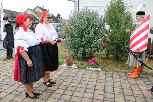 A Molnári Horvát Nemzetiségi Önkormányzat is koszorúzott